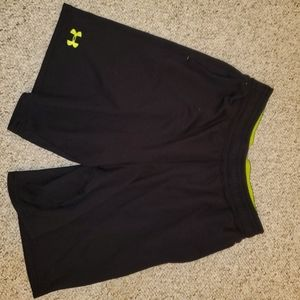 Under Armour shorts large black w bright green